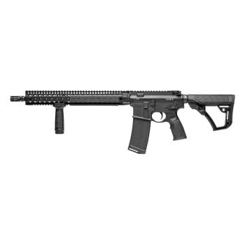 """Samonabíjecí puška Daniel Defense M4 V9, 16"""", ráže .223 Rem, černé, přední taktická rukojeť"""