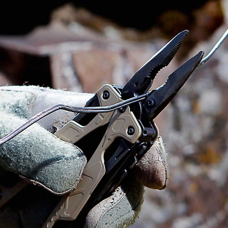 Multifunkční kleště Leatherman OHT, pískové - Multifunkční kleště Leatherman OHT, pískový