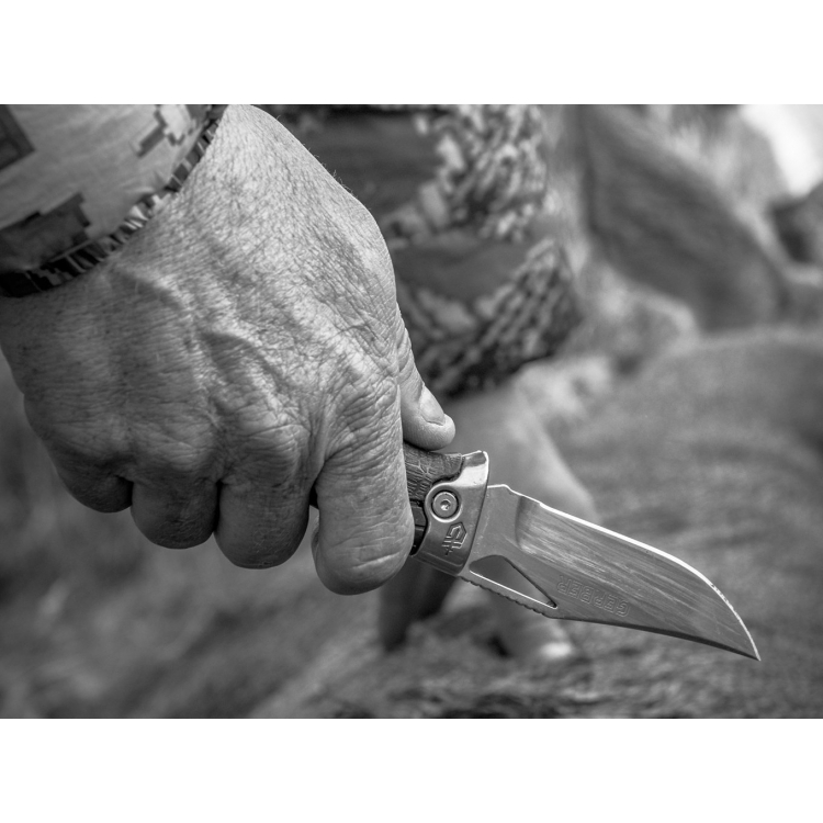 Zavírací nůž Gerber Gator Premium, hladké ostří - Zavírací nůž Gerber Gator Premium, hladké ostří