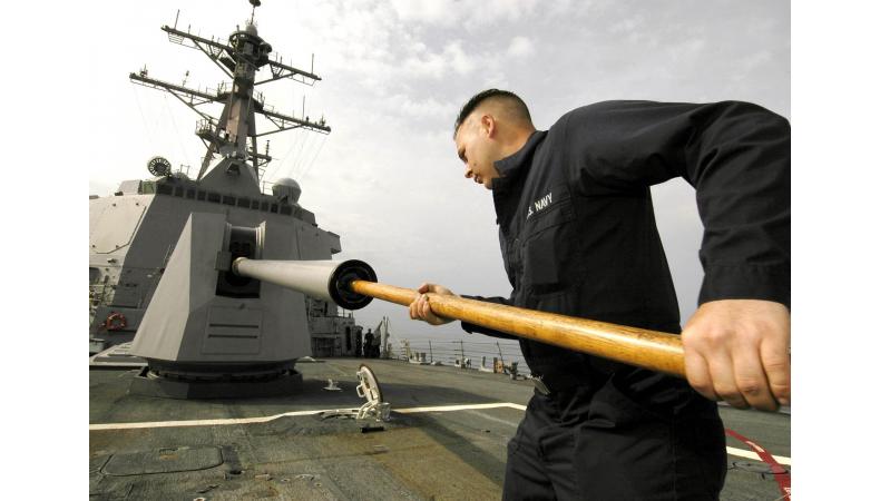 Jak na základní čištění zbraní